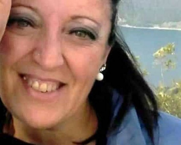 Centinaia di persone a Zazza per l'ultimo saluto a Tina Villani, mentre il 26enne che ha causato lo schianto mortale è stato ascoltato dal gip