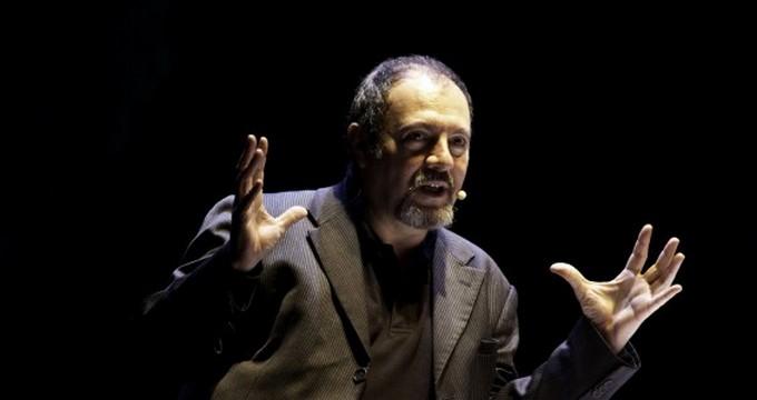 Carlo Lucarelli a Breno per parlare di censura attraverso uno spettacolo teatrale