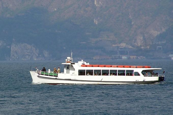 Successo per il servizio tra Lovere e Tavernola effettuato da Navigazione Lago d'Iseo in seguito alla frana