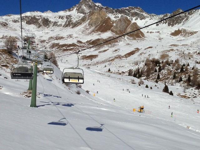 Pontedilegno-Tonale: da Sant'Ambrogio a domenica quattro giorni di grande affluenza di sciatori e turisti