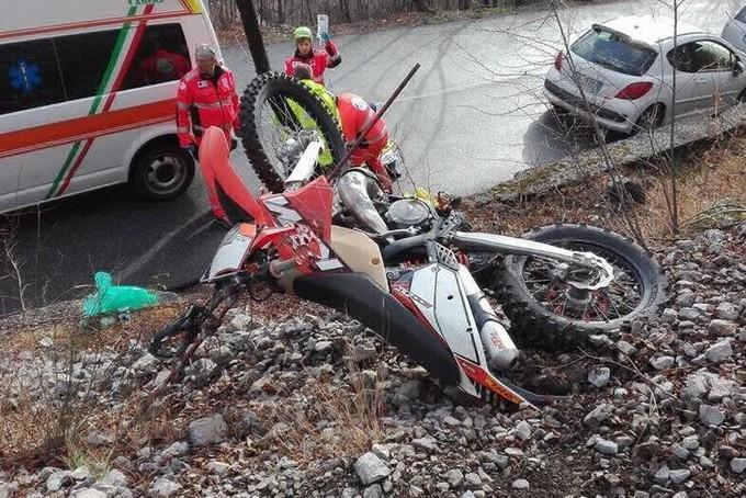 Rogno, una trappola per enduristi ferisce motociclista 30enne