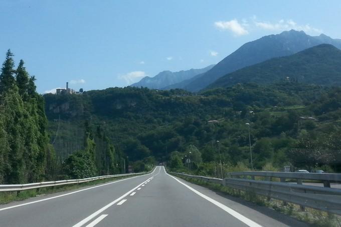 Valcamonica. Polemica sui nuovi guardrail nella zona di Boario