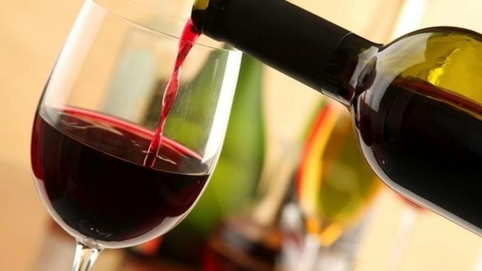 Analisi di laboratorio per i vini camuni, prosegue la collaborazione tra Comunità Montana e Istituto Meneghini di Edolo
