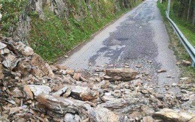 Chiusa anche oggi la strada tra Ossimo e Lozio colpita da una frana