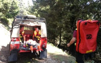 Donna ferita a Vezza d'Oglio mentre cerca funghi, escursionista soccorso al Tonolini per un malore