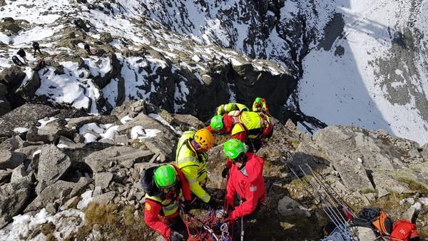 Due escursionisti da salvare a 2.500 metri di quota: ma è un'esercitazione