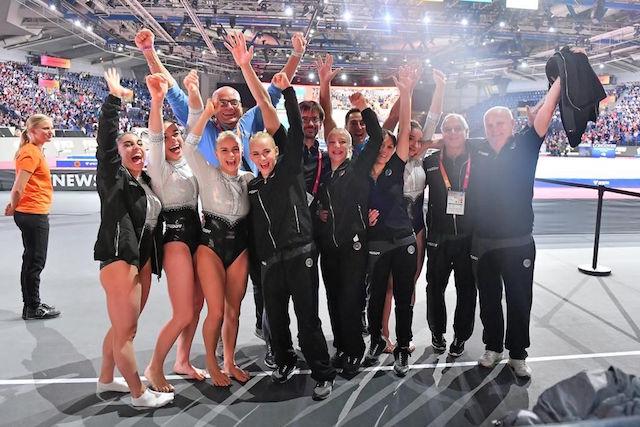 """Bronzo ai mondiali di ginnastica artistica: le """"fate azzurre"""" arrivano anche da Brescia"""