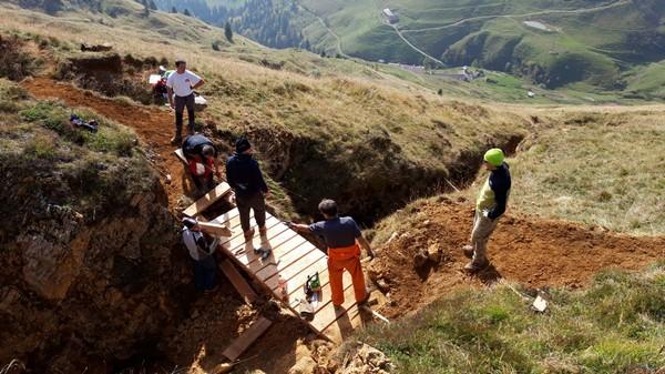 Un ponte per la sicurezza di chi va in montagna in Val di Scalve