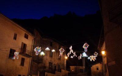 Cerveno, luminarie di Natale ecologiche in piazza