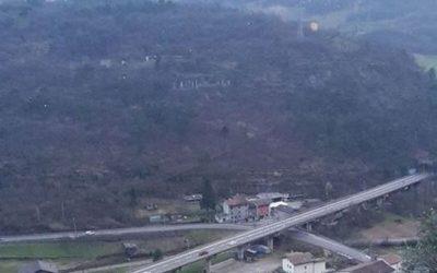 Mentre Anas lavora sulla ss42 a Cividate, i residenti di via Follo a Breno chiedono la posa di barriere