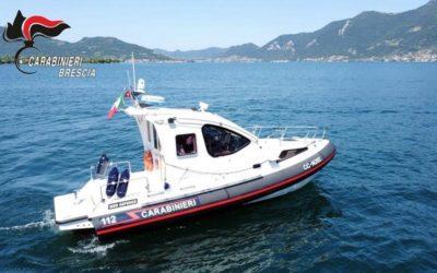 I Carabinieri sorvegliano il lago d'Iseo con una motovedetta a propulsione ibrida