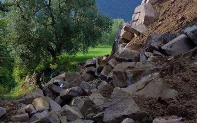 Sulzano: Legambiente denuncia il crollo di un muro in via Diaz, il sindaco risponde alle accuse