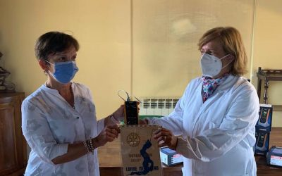 Otto saturimetri in regalo all'ospedale di Lovere dal Rotary Club Lovere-Iseo-Breno